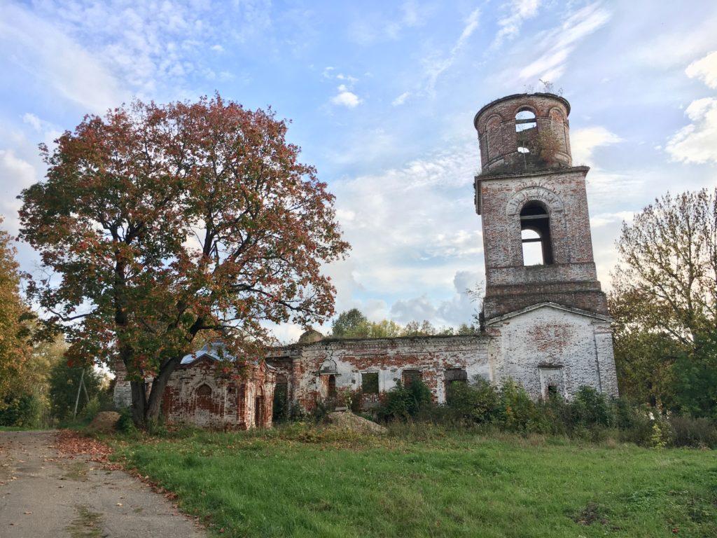 Церковь Троицы Живоначальной в селе Аминево Костромской области